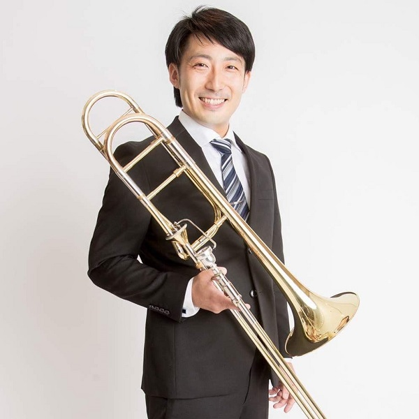 Koshino ryosuke